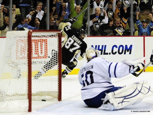 NHL: OCT 13 Maple Leafs at Penguins