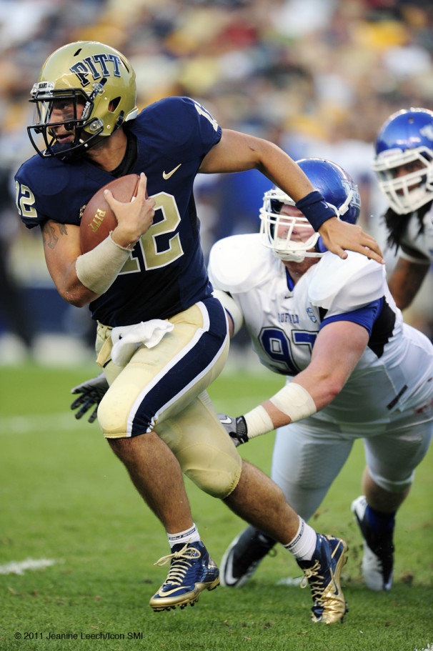 NCAA FOOTBALL: SEP 03 Buffalo at Pitt