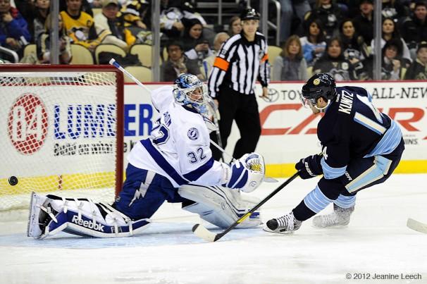 NHL: FEB 12 Lightning at Penguins