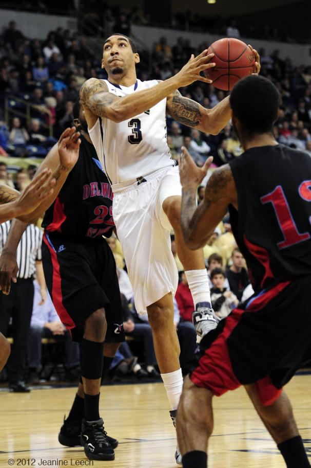 NCAA BASKETBALL: DEC 19 Delaware State at Pitt