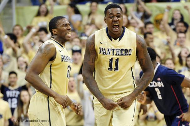 NCAA BASKETBALL: JAN 19 Connecticut at Pitt