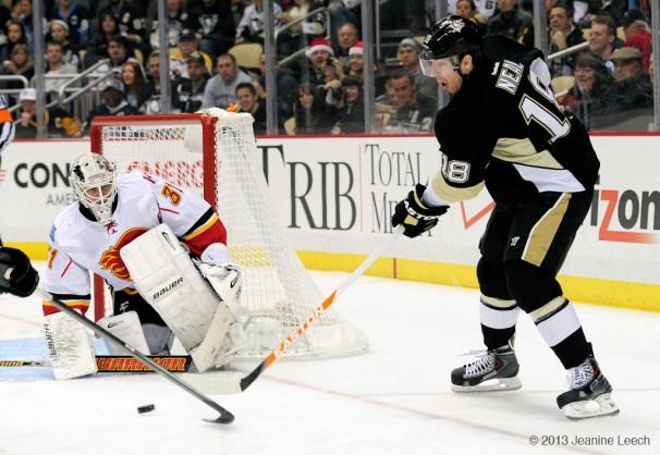 NHL: DEC 21 Flames at Penguins