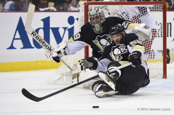 NHL: APR 19 Stanley Cup Playoffs – First Round – Blue Jackets at Penguins – Game 2