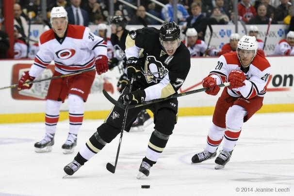 NHL: NOV 28 Hurricanes at Penguins