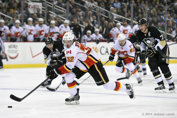 NHL: DEC 12 Flames at Penguins