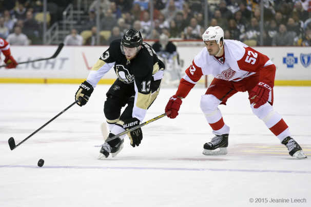 NHL: FEB 11 Red Wings at Penguins