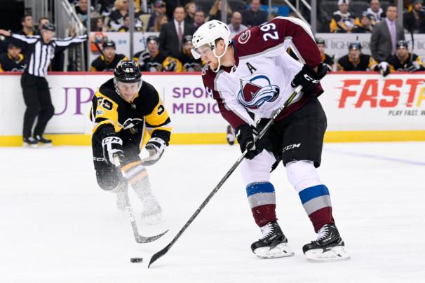 NHL: DEC 11 Avalanche at Penguins